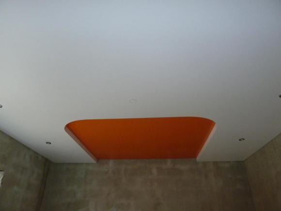 Двухуровневый потолок с использованием нового профиля