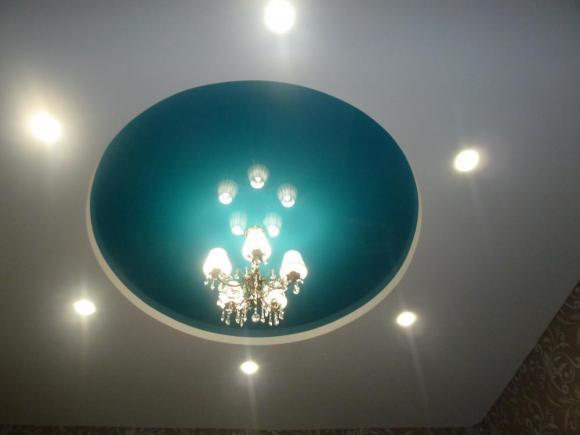 """Двухуровневый потолок из полотна """"Венеция"""""""