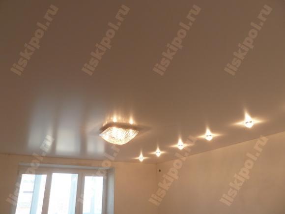 Вот так выглядит китайский сатиновый потолок